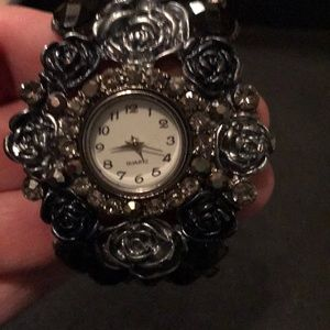 Accessories - BEAUTIFUL floral design watch- Never worn